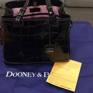 Dooney & Bourke - Black Croc Shoulder Handbag